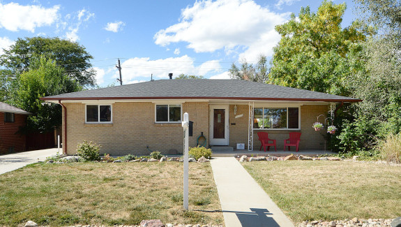 6175-brentwood-st-arvada-co-large-002-2-front-1500x996-72dpi