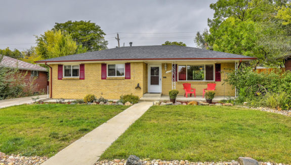 6175 Brentwood St Arvada CO-large-001-8-Front Exterior-1500x1000-72dpi